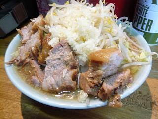 髭(チャーシュー麺3)