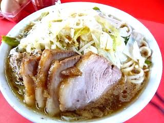 三田二郎(並ぶ豚)