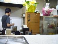串揚げ100円ショップ(厨房)