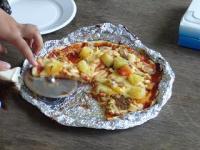 ピザ(焼き上がりの切り分け)