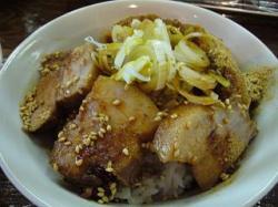 麺処 遊(肉飯)