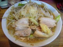 ラーメン髭(チャーシュー麺全体)