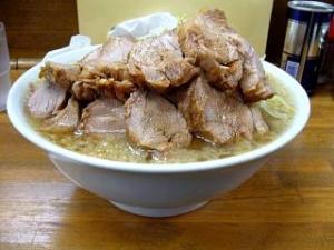 麺徳(チャーシュー麺肉まし2)