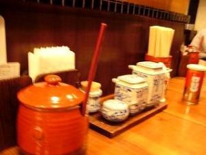 九州ラーメン(店内2)