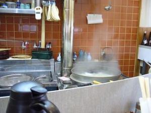角萬(厨房の釜)