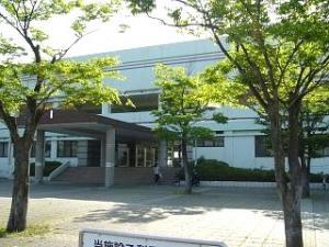 県立総合運動場プール(外観)