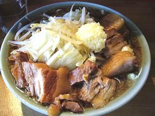 ラーメン髭(チャーシュー麺 全体2)