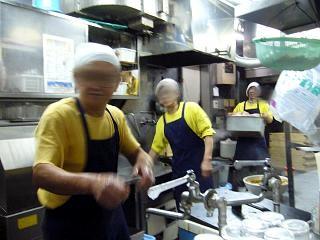 ホープ軒(厨房)