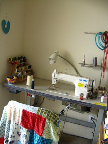 2009 sewingroom 011