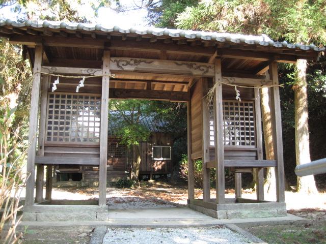 雨垂布勢神社 4