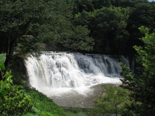JR烏山線 滝駅 龍門の滝(駅徒歩5分)