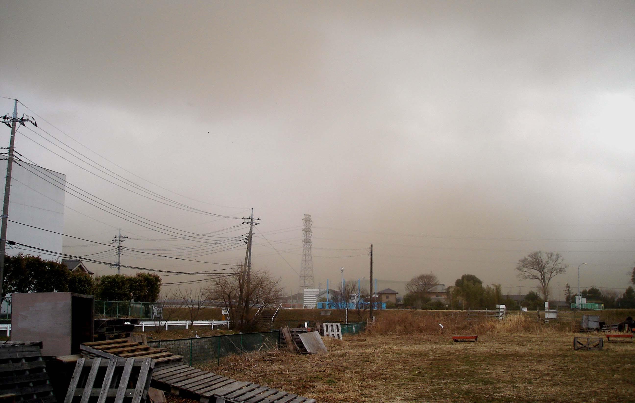 Dsc00256 旋風の通過⑱ 南に去る粉塵帯