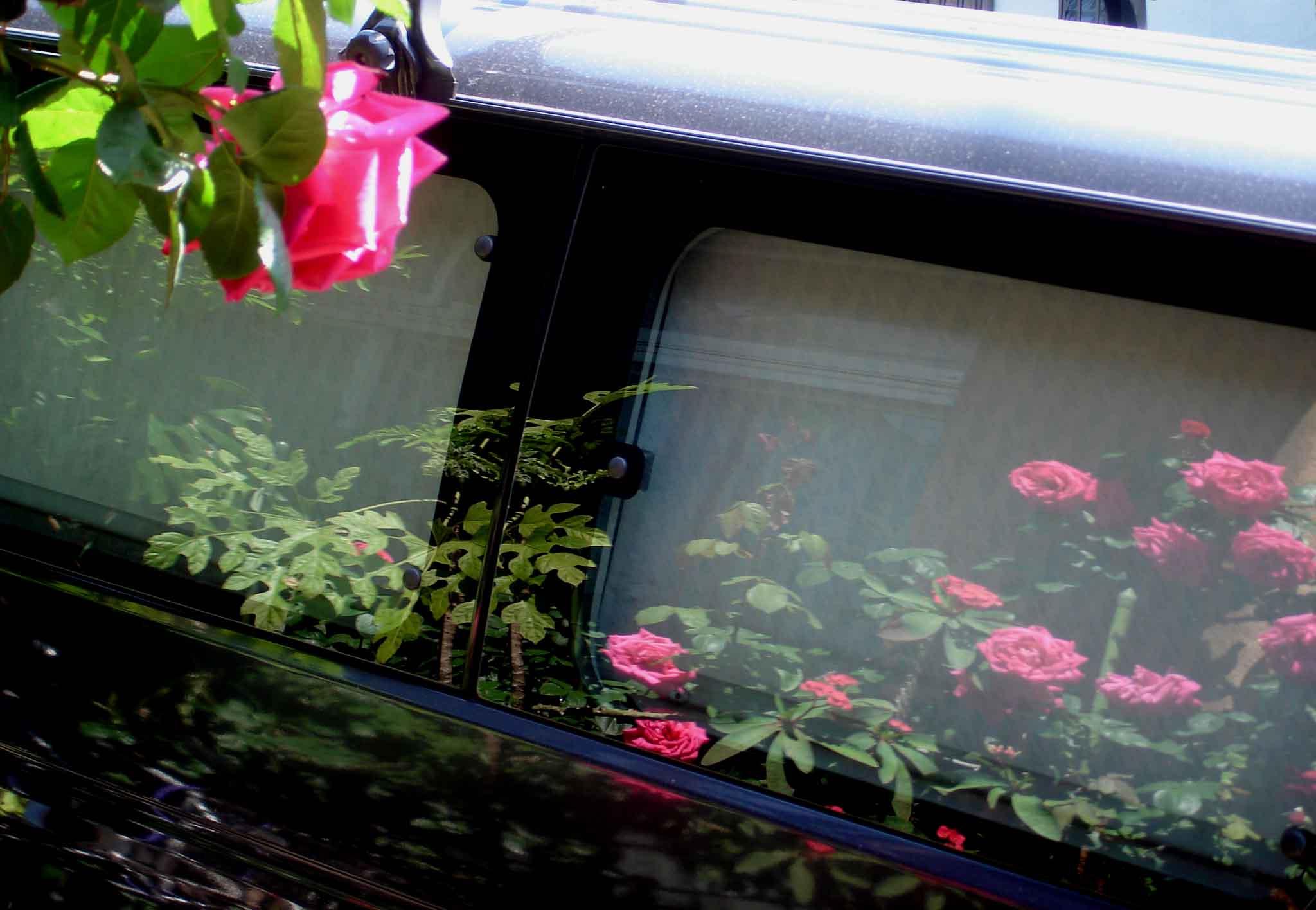 車に写ったマリアカラス
