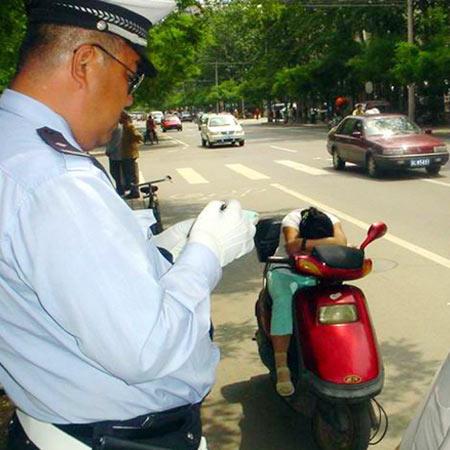 中国・活躍する世界の警察官 - ...