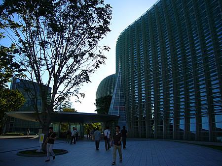 国立新美術館 outside