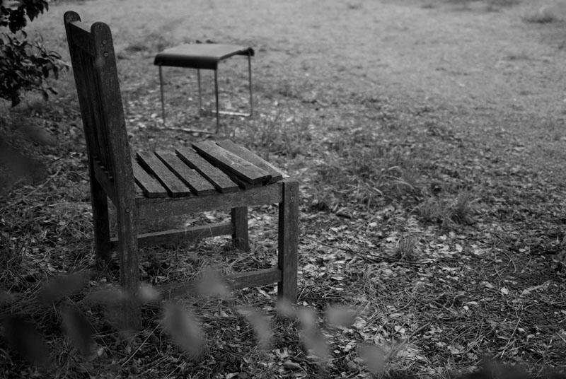 モノクロ椅子