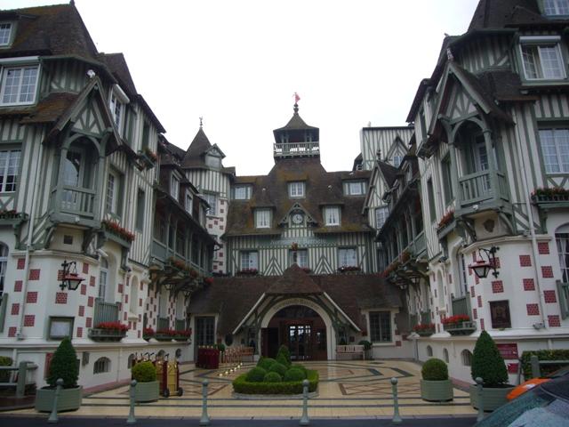 ノルマンディー ホテル