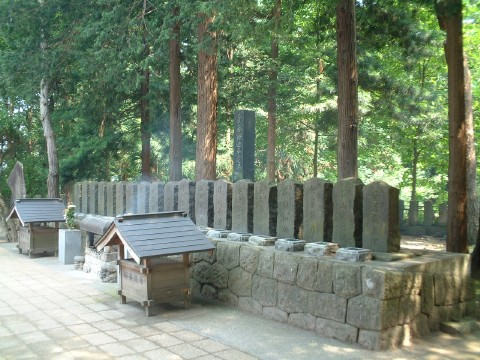 白虎隊士墓(飯盛山)
