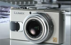 LUMIX LX1