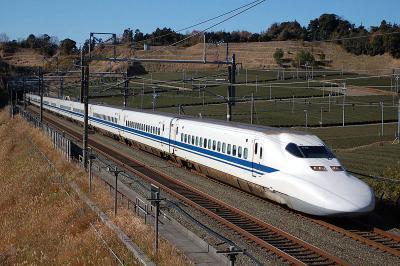 800px-JR_Central_Shinkansen_700.jpg