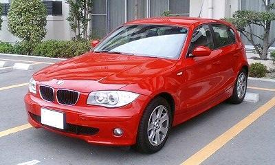 BMW1シリーズ赤色