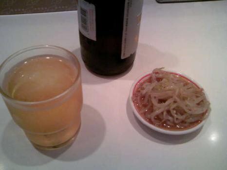 蒙古タンメンビール&付け合せ