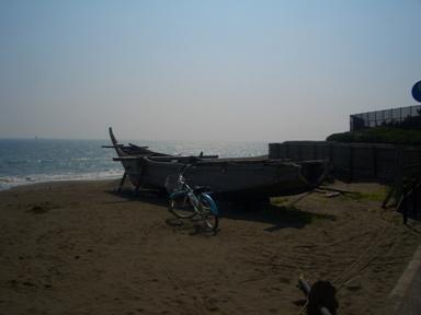 b茅ヶ崎船