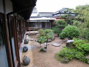 200809 井筒屋敷庭2