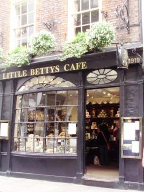 Little Bettys 02