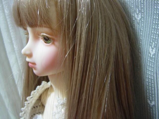 少女の横顔