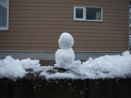不細工雪だるま