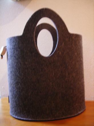 イタリアンフェルトのバッグ