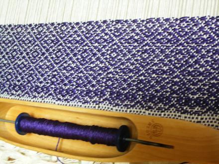 SwissCross1/3Twill織りはじめ