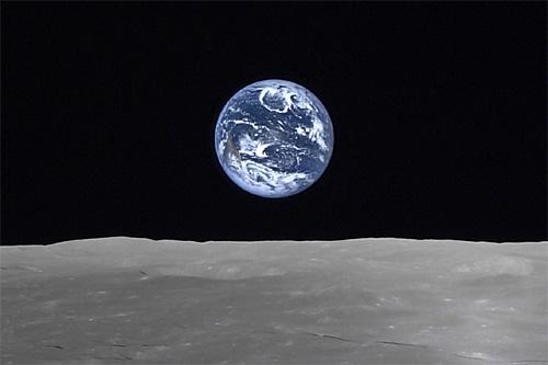 かぐやから見た地球