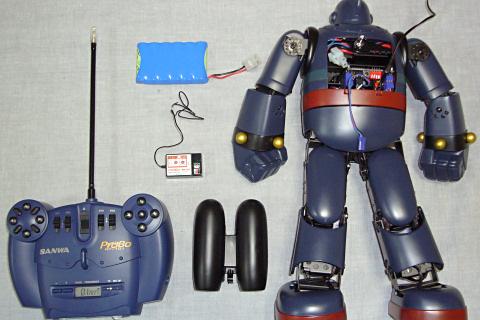 鉄人・受信機とバッテリー