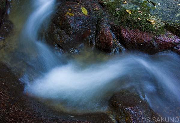 024W1764九品の滝
