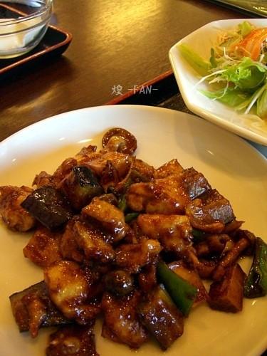 鶏肉と季節野菜の味噌炒め