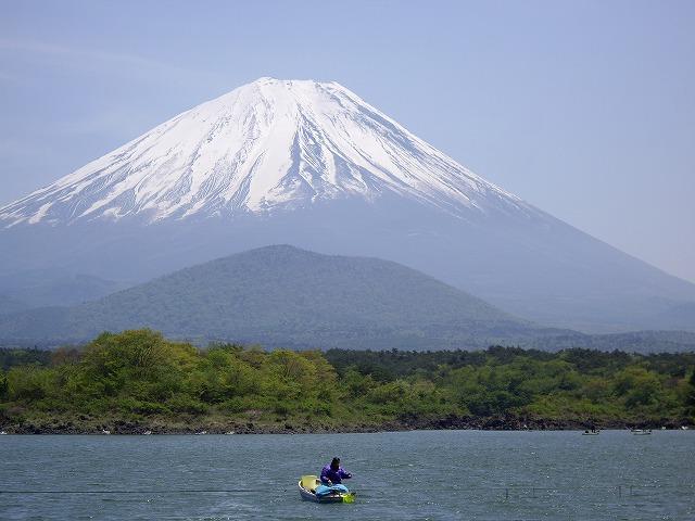 精進湖からの富士