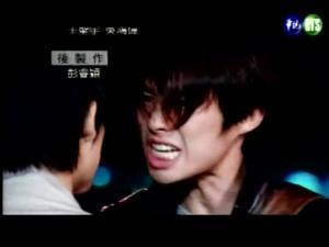 激怒LEO