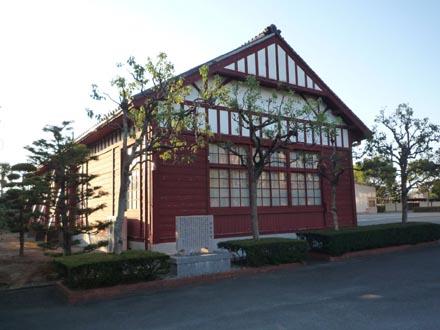 旧三重県立工業高校製図室
