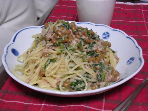 納豆と大根葉のパスタ