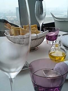 BICE Tokyo テーブル&パン