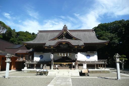 酒列磯崎神社の拝殿