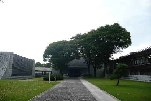 県立歴史館