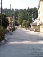 49瑞鳳殿前の道