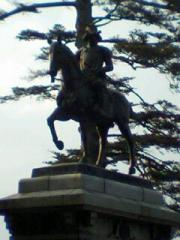 56青葉城址の政宗騎馬像