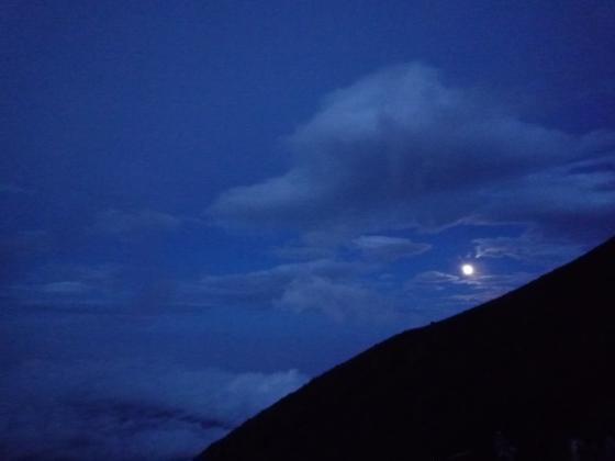 富士から眺める月☆