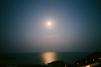沖縄の満月