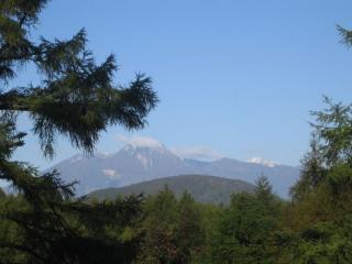 火打山、妙高山、同時初冠雪