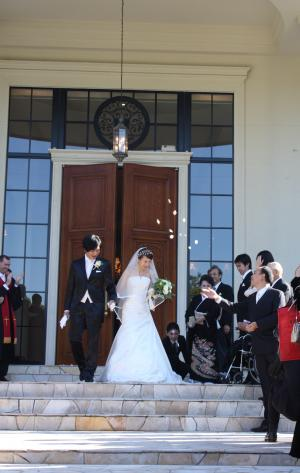 happy-wedding2.jpg